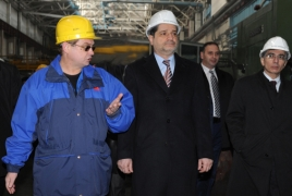 Armenian PM visits ARMENAL mill, discusses metallurgy development