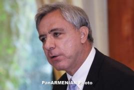 Vartan Oskanian submits focus for Prosperous Armenia membership
