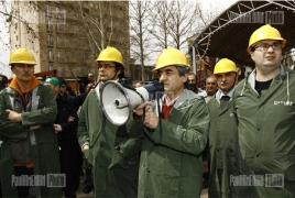 Activists to spend night in Mashtots Park